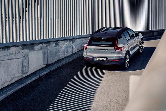 Hãng xe Thụy Điển Volvo chỉ sử dụng động cơ điện trong thời gian tới - 4