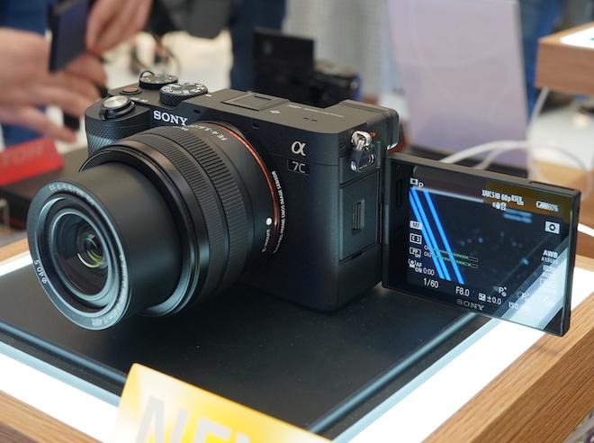 Sony giới thiệu máy ảnh full-frame Alpha 7C nhỏ và nhẹ nhất thế giới - 2