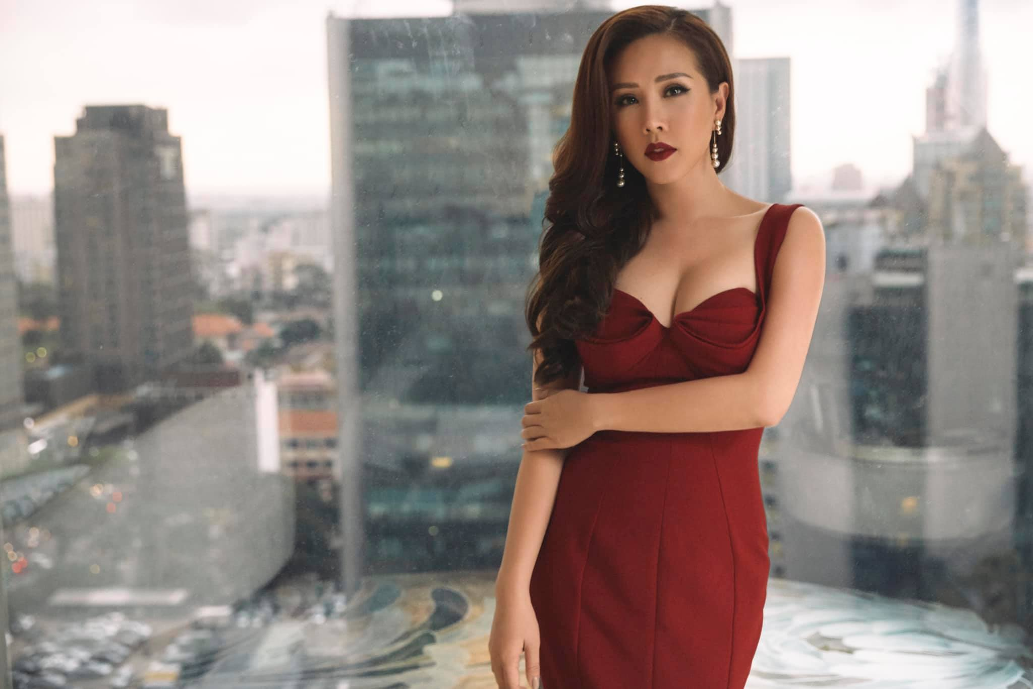 Hoa hậu có hợp đồng hôn nhân triệu đô với bạn trai Việt kiều, kiếm 10 tỷ mỗi tháng: Sự thật ngã ngửa - 1 Hoa hậu có hợp đồng hôn nhân triệu đô với bạn trai Việt kiều, kiếm 10 tỷ mỗi tháng: Sự thật ngã ngửa