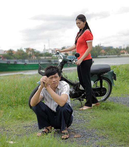 """Mỹ nhân được Hoài Linh chở trên xe máy cà tàng """"gây bão"""" vừa tuyên bố điều bất ngờ - 5"""