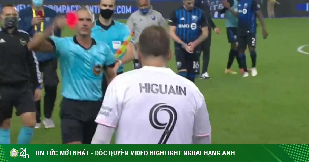 Higuain tiếp tục dính phốt ở Mỹ, nhận thẻ đỏ vì cãi nhau với trọng tài