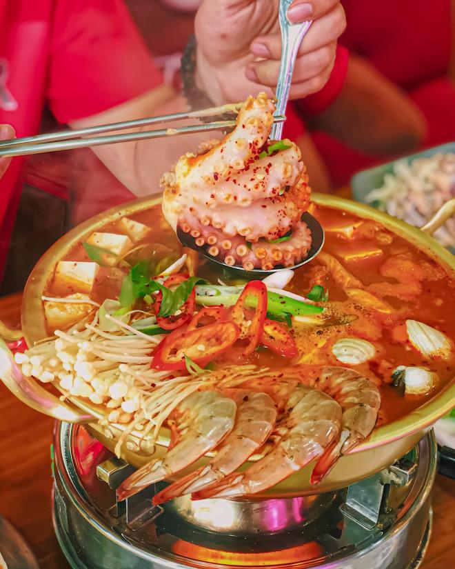 """Hẹn hò Sài Gòn: Thực đơn ngập phô mai thơm béo hay gạo lứt """"healthy""""? - 5"""