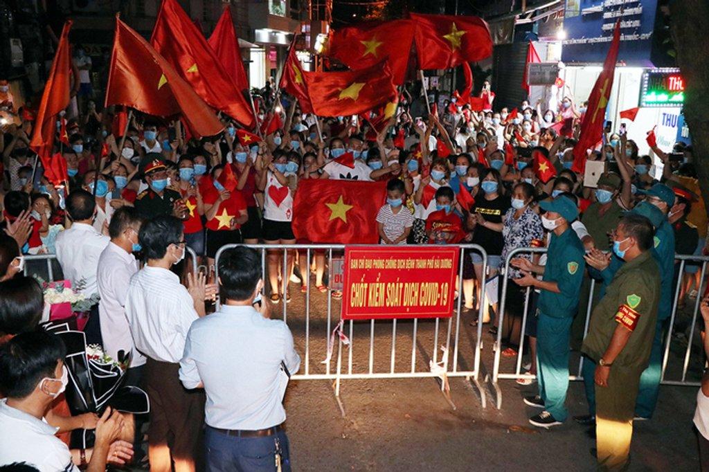 Báo nước ngoài: Việt Nam lọt top 3 nền kinh tế kỳ tích trong dịch Covid-19