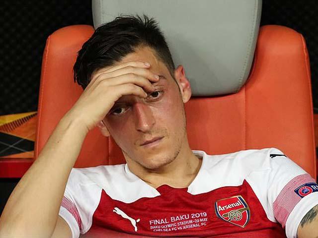 """NÓNG: Ozil tố cáo Arsenal """"phản bội"""", bày tỏ thất vọng cùng cực - 1"""