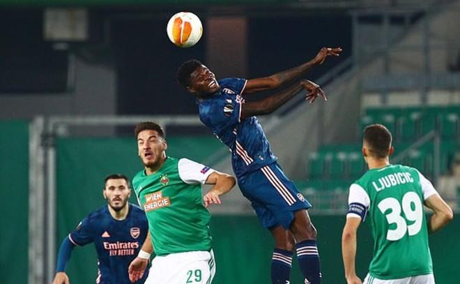 Kết quả bóng đá Europa League Rapid Wien - Arsenal: Sai lầm tai hại, 4 phút ngược dòng - 1