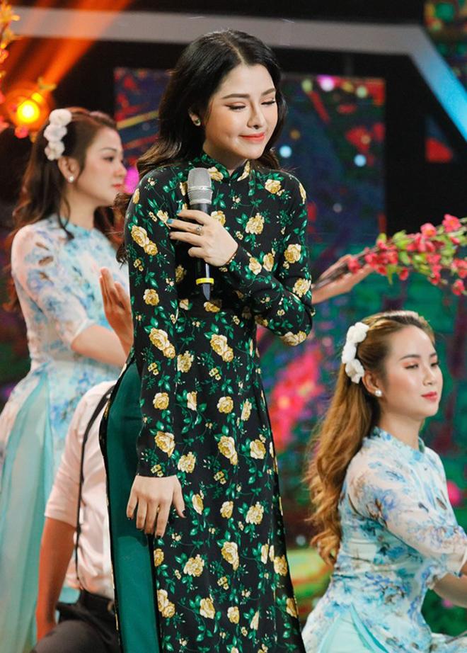Mỹ nhân bolero có giọng hát giống danh ca Khánh Ly khiến Nguyễn Phi Hùng rung động, Quang Hà choáng ngợp - 2