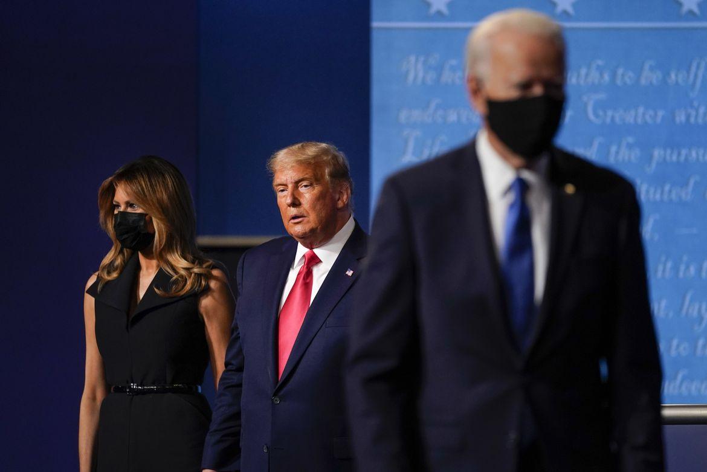 Điều duy nhất ông Trump và ông Biden nhất trí trong lần đối đầu cuối