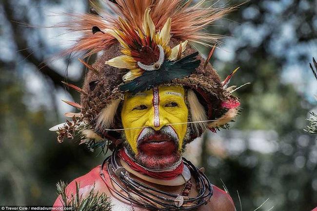 Bộ lạc bí hiểm và những tập tục kinh dị và ớn lạnh ở Papua New Guinea - 8