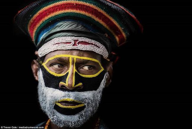 Bộ lạc bí hiểm và những tập tục kinh dị và ớn lạnh ở Papua New Guinea - 11