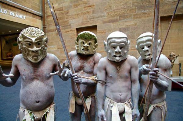 Bộ lạc bí hiểm và những tập tục kinh dị và ớn lạnh ở Papua New Guinea - 13