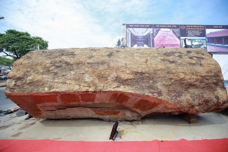 Ngỡ ngàng khúc gỗ cẩm lai nguyên sơ được rao bán 10 tỷ đồng ở Hà Nội - 4