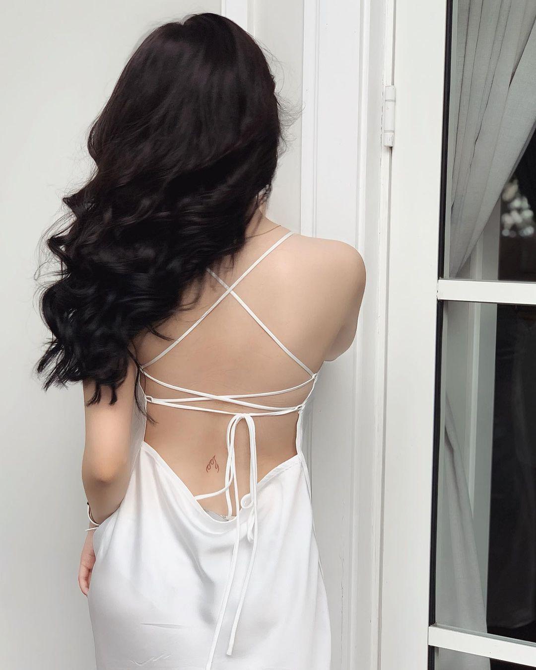 Đặt lại túi ngực, Thúy Vi ngày càng bạo với váy buông lơi nhưng không bị phô - 2
