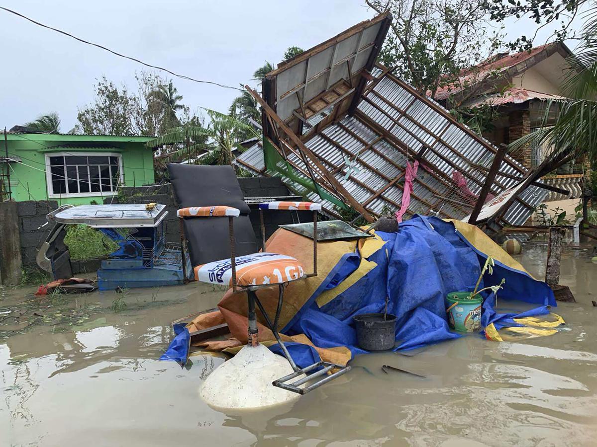 Bão số 9 quét qua Philippines, hoành hành thế nào trước khi hướng tới Việt Nam? - 4