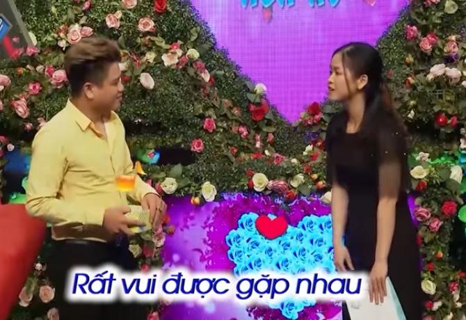 """Chàng trai Nam Định """"đứng hình"""" khi thấy nụ cười của cô bảo mẫu U30 - 9"""