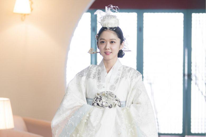 Jang Nara khiến dân tình xuýt xoa vì vẻ đẹp thiếu nữ ngây thơ ở tuổi U40 - 4