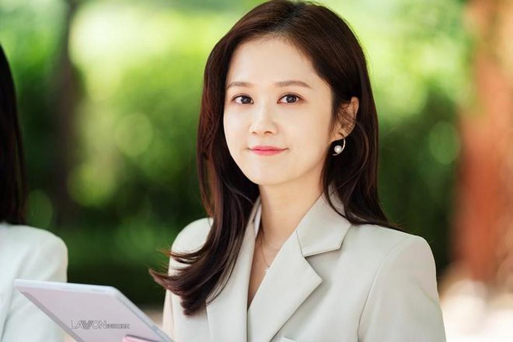 Jang Nara khiến dân tình xuýt xoa vì vẻ đẹp thiếu nữ ngây thơ ở tuổi U40 - 6
