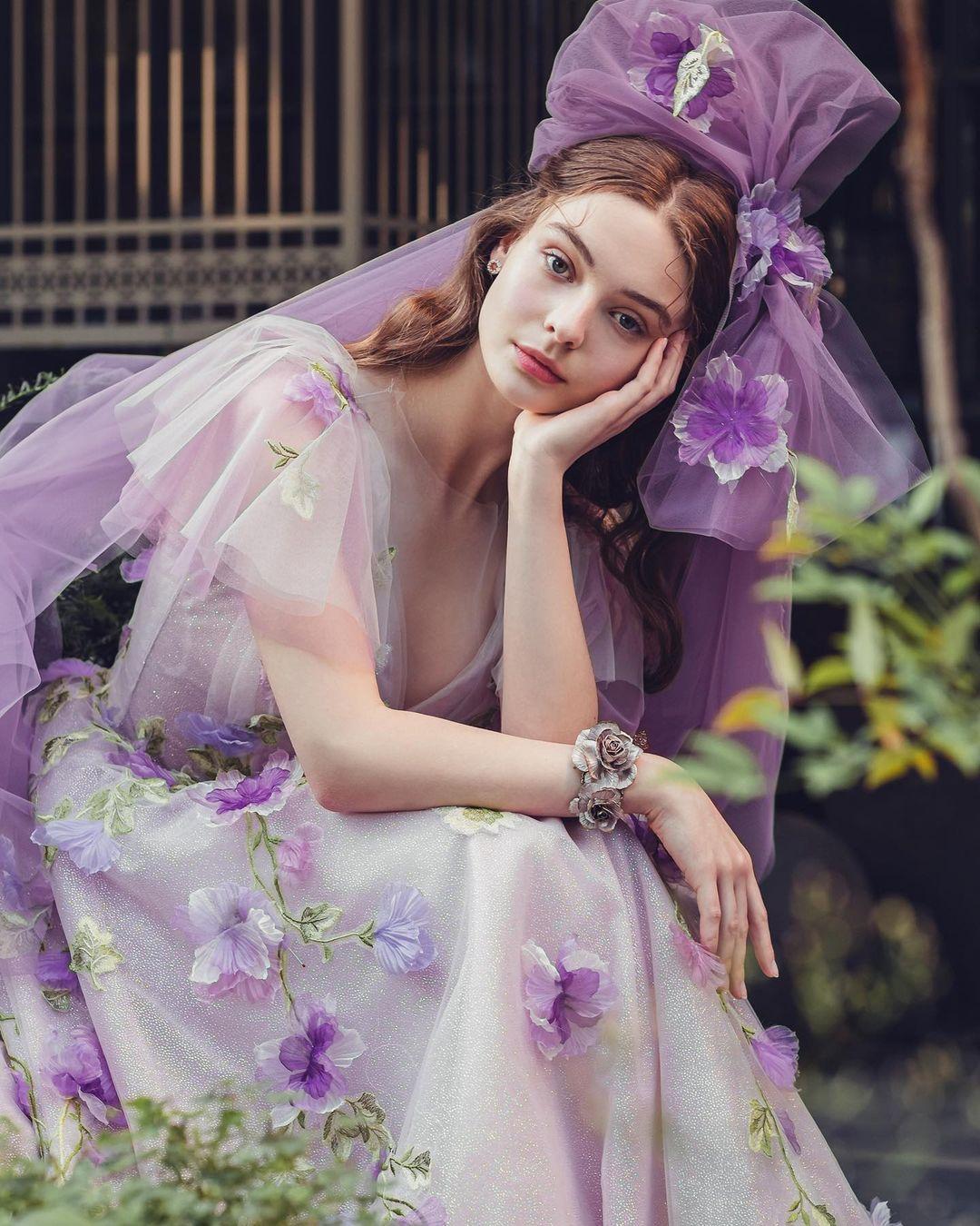 """""""Cô dâu Đông Âu"""" mang vẻ đẹp khiến bao người muốn cưới ở tuổi 17 - 6"""