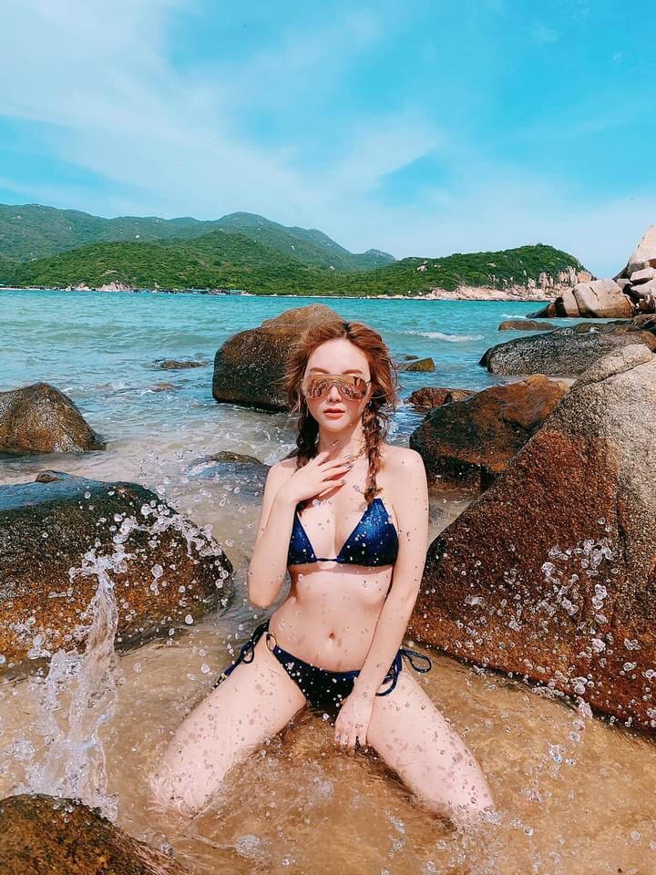 """""""Cô gái khiến Tuấn Hưng lao tâm khổ tứ"""" nổi nhất bãi biển nhờ điều này - 3"""