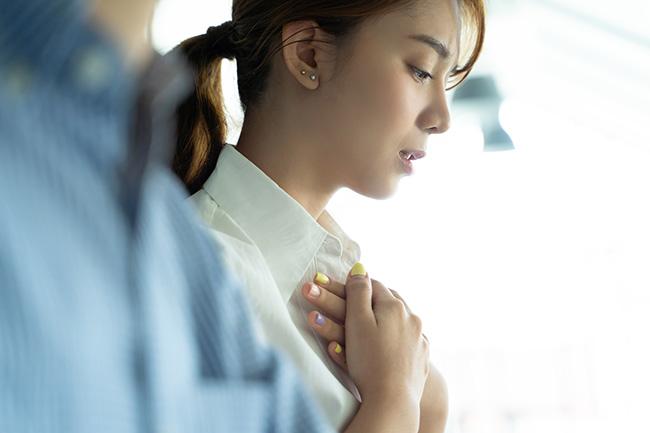 4 thói quen buổi sáng cực kỳ gây hại cho phổi, người trẻ hay già cũng đều phải tránh - 2