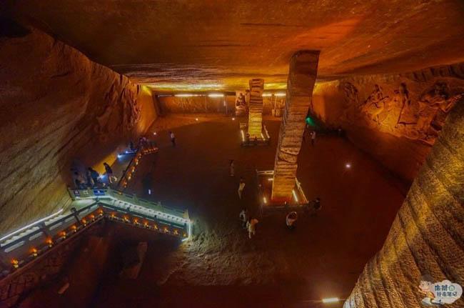 """Hút cạn ao cá, khám phá ra hang động được ví như """"kỳ quan thứ 9"""" của thế giới - 10"""