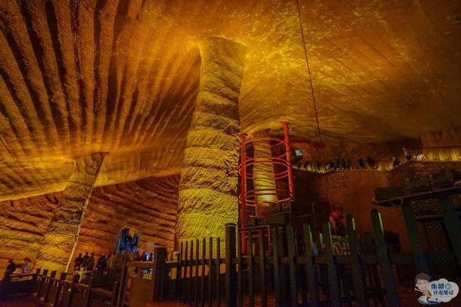 """Hút cạn ao cá, khám phá ra hang động được ví như """"kỳ quan thứ 9"""" của thế giới - 8"""