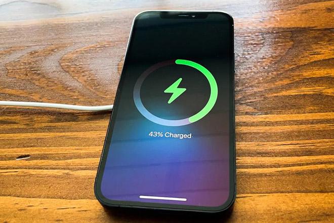 Apple tiết lộ một số nhược điểm với MagSafe mà người dùng cần nắm rõ - 1