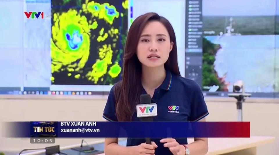 """BTV thời tiết của VTV """"trực chiến"""" bão số 9 với 30 lần lên sóng chỉ trong... 2 ngày - 2"""