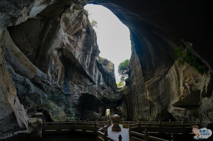 Choáng ngợp với mỏ đá nhân tạo lớn nhất Trung Quốc cách đây hàng nghìn năm - 2