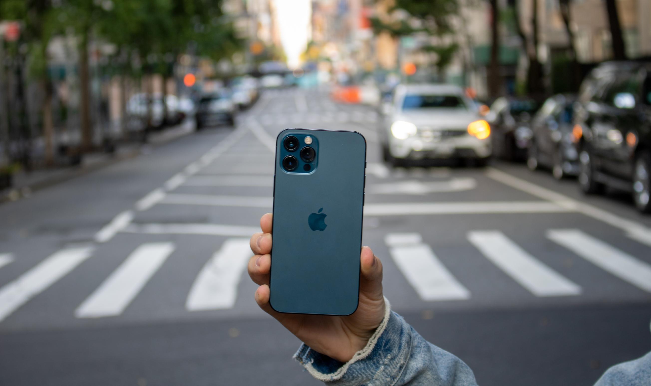 Đây chính là chiếc iPhone đáng mua nhất trong series iPhone 12 vừa ra mắt - 2