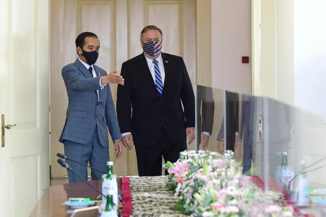 Ngoại trưởng Mỹ bắt đầu thăm Việt Nam - 1