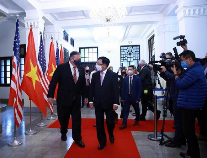 Chùm ảnh: Ông Pompeo gặp gỡ Thủ Tướng và Phó Thủ tướng Việt Nam - 6