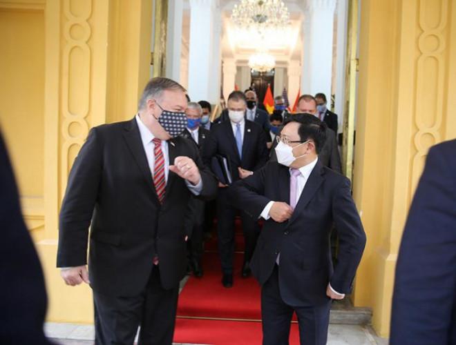 Chùm ảnh: Ông Pompeo gặp gỡ Thủ Tướng và Phó Thủ tướng Việt Nam - 12