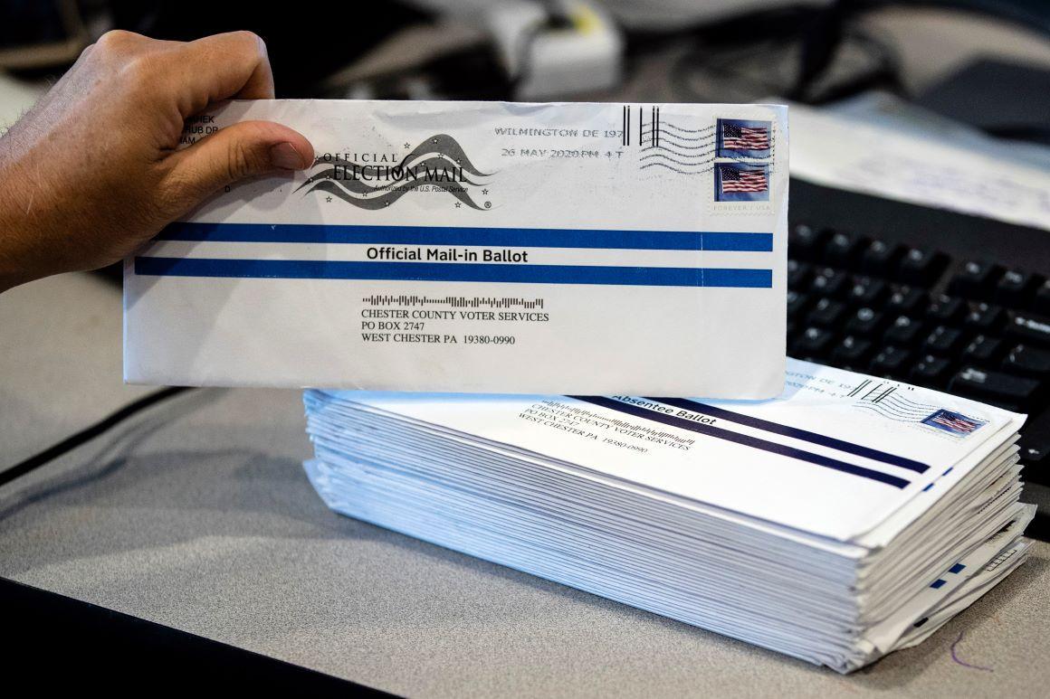 Bỏ phiếu qua thư ảnh hưởng thế nào đến bầu cử Mỹ, khiến ông Trump lo lắng?
