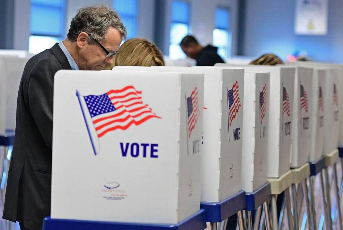 """""""Bà không phải mẹ tôi"""": Bầu cử tổng thống Mỹ chia rẽ các gia đình ra sao? - 2"""