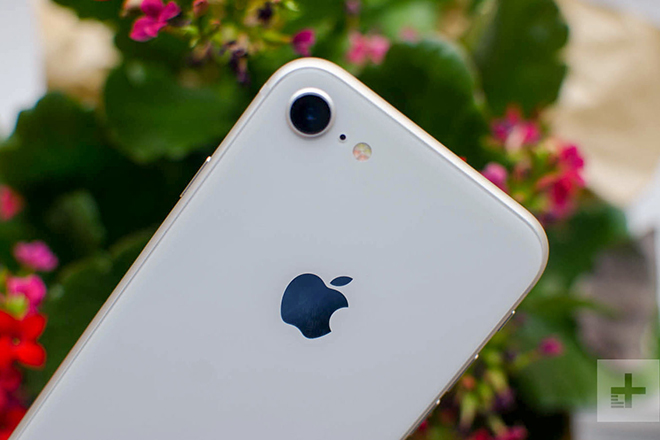 iPhone 12 và iPhone 8: Sau 3 năm, chúng khác nhau những gì? - 2