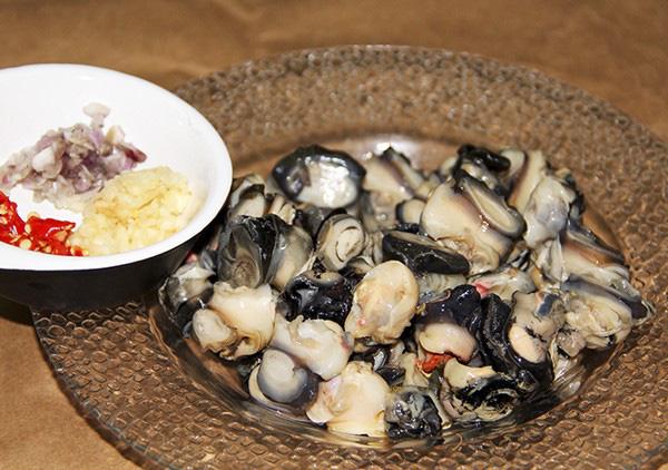 Mẹo khử mùi tanh của hải sản chỉ bằng các nguyên liệu đơn giản - 2
