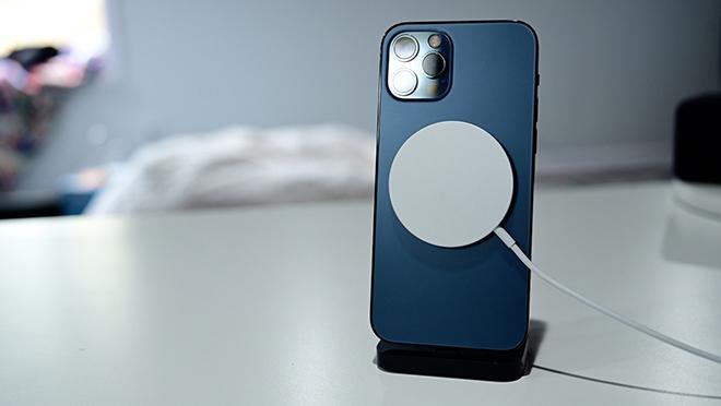 Đây là cặp iPhone hoàn hảo nhất thời điểm này mà không cần 5G - 9