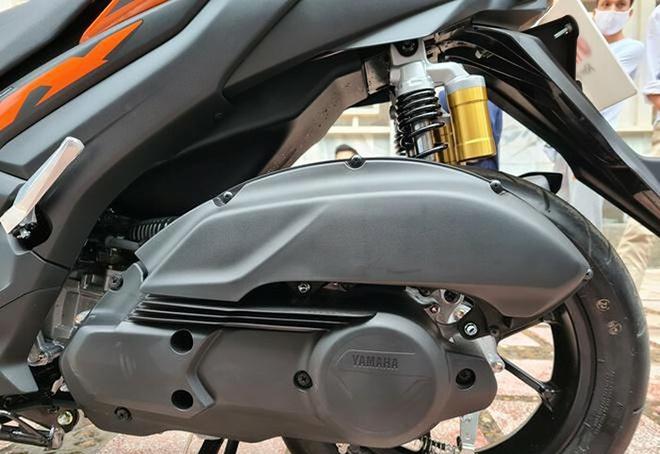 Đánh giá Yamaha NVX 155 VVA: Cái giá của 800,000 đồng - 10