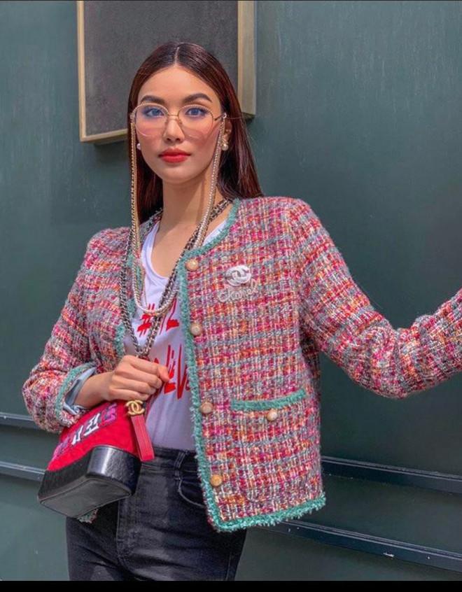 Miu Lê diện váy ngắn sexy, Amee biến hóa áo khoác thành chân váy cực cá tính - 9