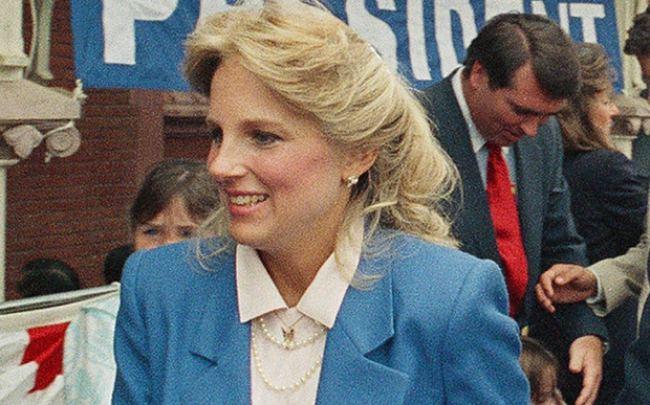 Phu nhân 70 tuổi của ông Joe Biden có gu thời trang thanh lịch - hình ảnh 3