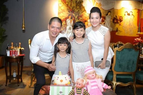 """Vợ đại gia hơn 4 tuổi của Bình Minh """"chơi lớn"""", thuê phòng khách sạn sang chảnh để làm điều bất ngờ - hình ảnh 10"""