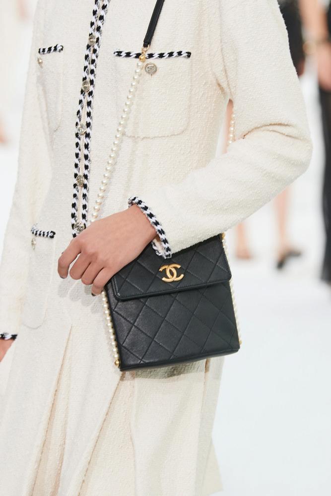 Những chiếc túi tí hon hứa hẹn vạn người mê của Chanel - hình ảnh 10