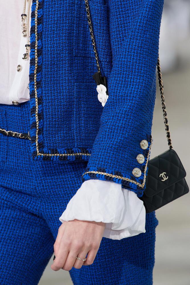Những chiếc túi tí hon hứa hẹn vạn người mê của Chanel - hình ảnh 11