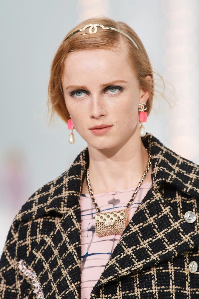 Những chiếc túi tí hon hứa hẹn vạn người mê của Chanel - hình ảnh 3