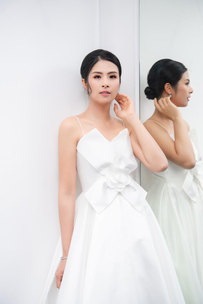 """Hoa hậu """"ngoan nhất showbiz Việt"""" đọ sắc cùng dàn mỹ nhân nổi tiếng - 7"""