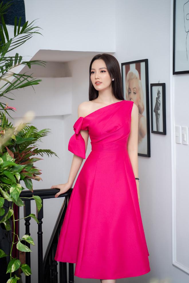 """Hoa hậu """"ngoan nhất showbiz Việt"""" đọ sắc cùng dàn mỹ nhân nổi tiếng - 4"""