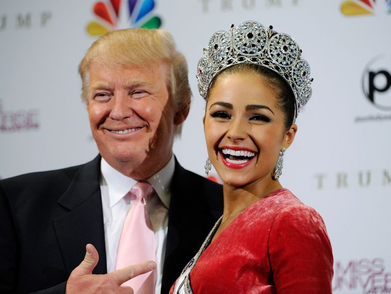Giật mình vì kiểu mặc có áo không quần của hoa hậu được ông Donald Trump thích nhất - hình ảnh 3