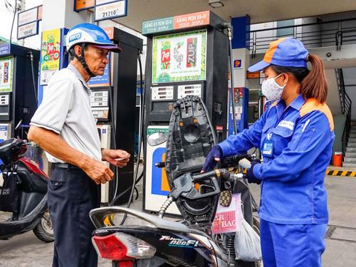 Giá xăng dầu đồng loạt giảm kể từ 15h chiều nay 11/11 - 1