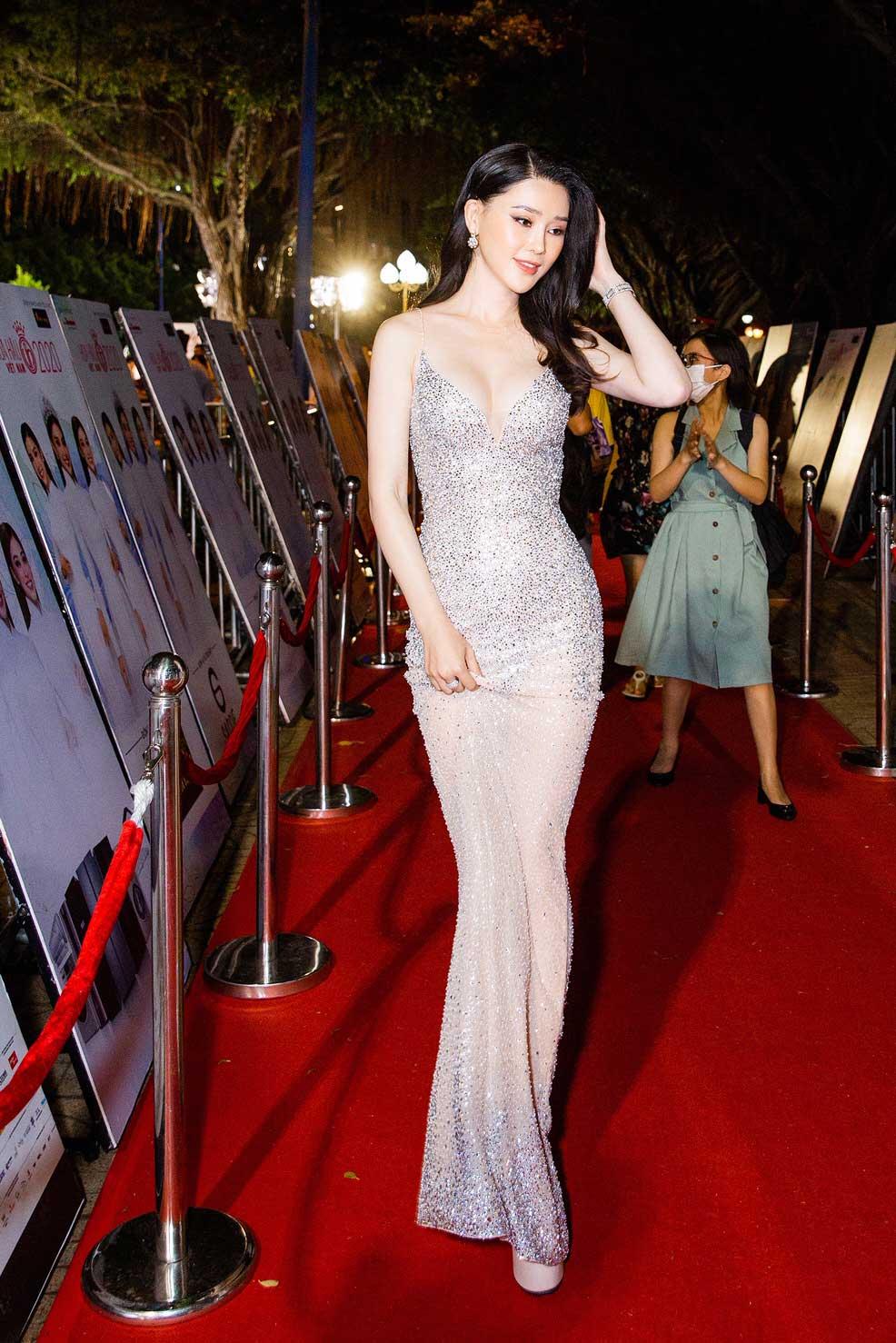 Á hậu Thái Như Ngọc xinh đẹp, tươi trẻ trong đêm thi bikini của Hoa hậu Việt Nam - hình ảnh 3