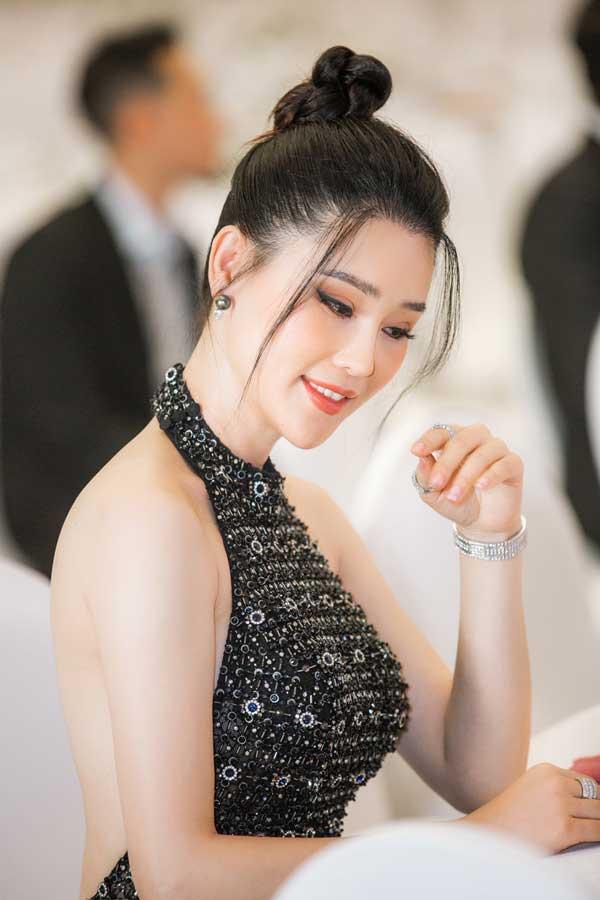 Á hậu Thái Như Ngọc xinh đẹp, tươi trẻ trong đêm thi bikini của Hoa hậu Việt Nam - hình ảnh 10